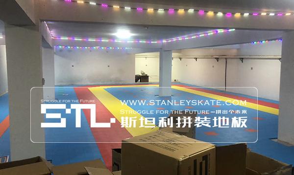 河北省邢台市南和县米高轮滑224平斯坦利拼装地板室内轮滑馆,斯坦利轮滑拼装地板案例展示